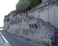 quai pont st esprit.jpg