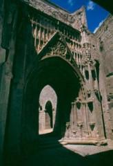 entrée gothique pont st esprit.jpg